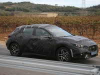 infiniti-qx30-spied-for-the-first-time-will-enter-production-in-2015-photo-gallery_12