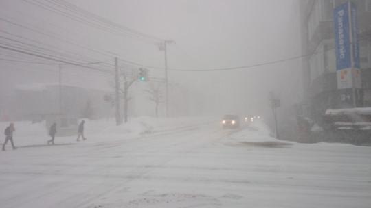 札幌市内での吹雪