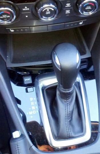 Mazda6のシフトレバーまわり