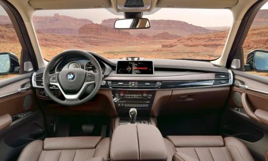 新型BMW X5のインテリア