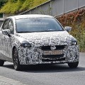 新型Mazda2のテスト車両