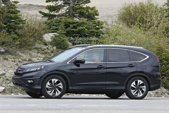 spyshots-2016-honda-cr-v-facelift-testing-in-the-us-720p-7
