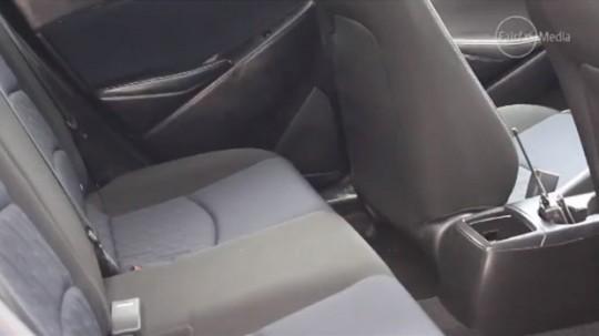 マツダ新型Mazda2のインテリア
