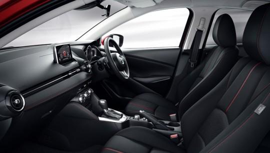 Mazda2 UK仕様