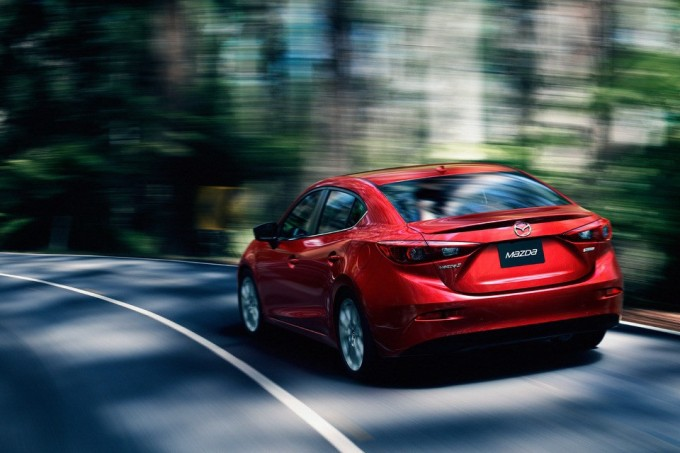 New-2014-Mazda3-Sedan-back-driving