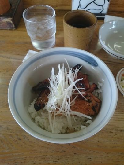 豚丼ハーフサイズ
