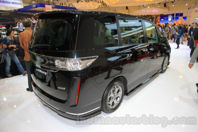 2015-Mazda-Biante-Limited-Edition-MPV-2015-2015-GIIAS-2