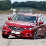 [動画]さすがSKYACTIVテクノロジー!Mazda6ワゴンが抜群の操縦安定性を発揮