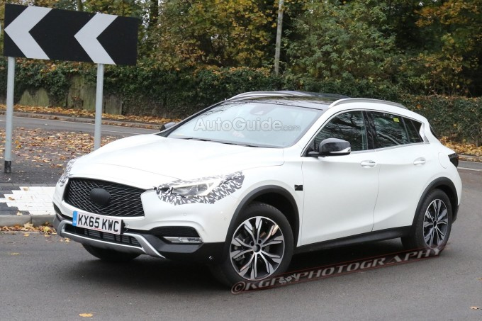 infiniti-qx30-spy-photos-01