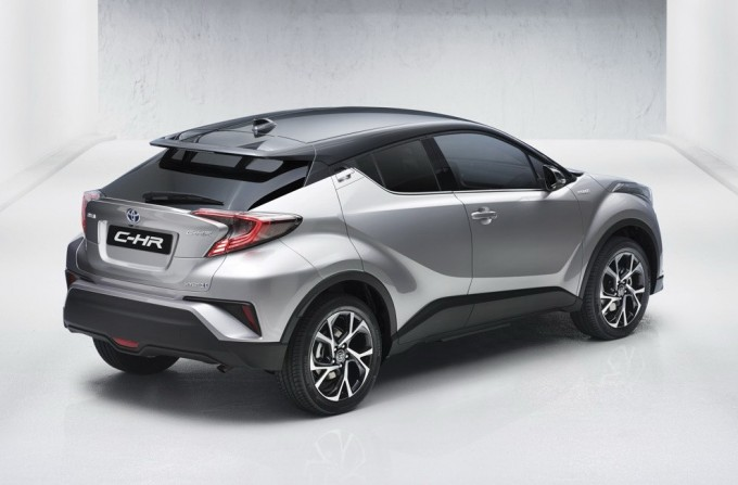 2017-toyota-c-hr-first-official-photos_2