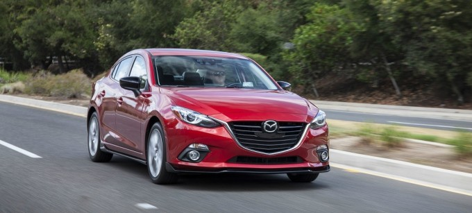New-Compact-Sedan-2016-Mazda3_4-Door