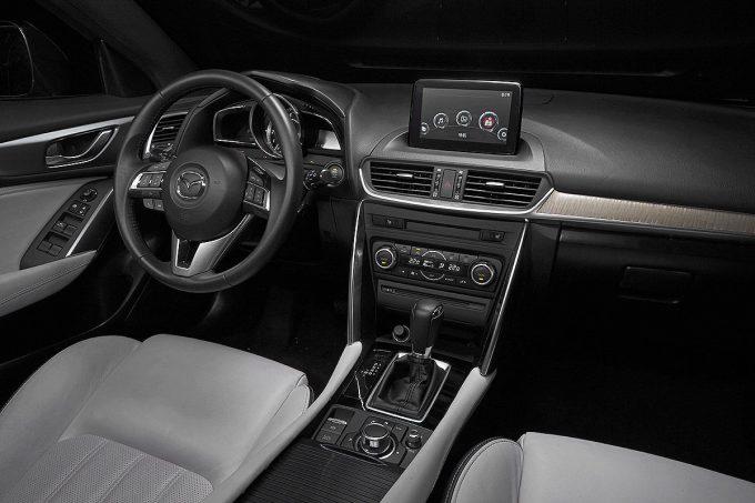 Mazda-CX-4-Peking-Motor-Show-2016-6