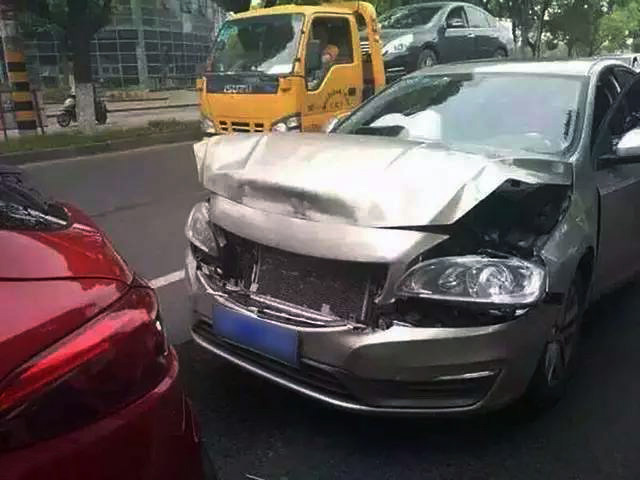 cx-4-accident1