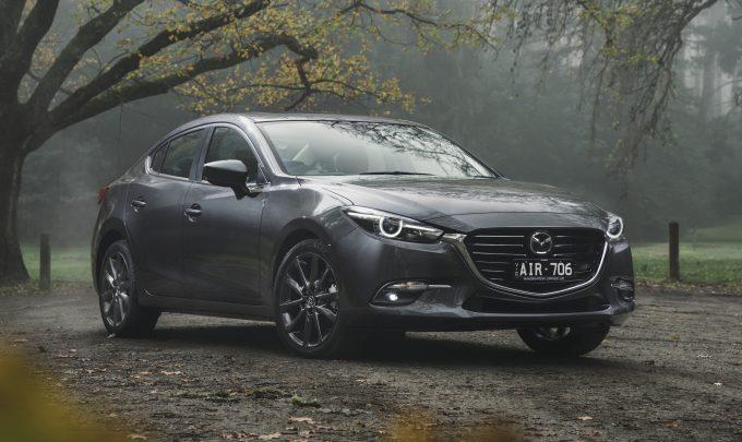 New-Mazda3-Astina-sedan-12