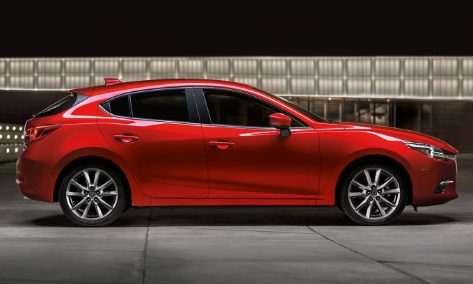 Mazda3がkelley Blue Bookにおいて「10 Coolest New Cars Under