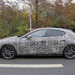 次期アクセラ(2019 Mazda3)のスパイショット(2)