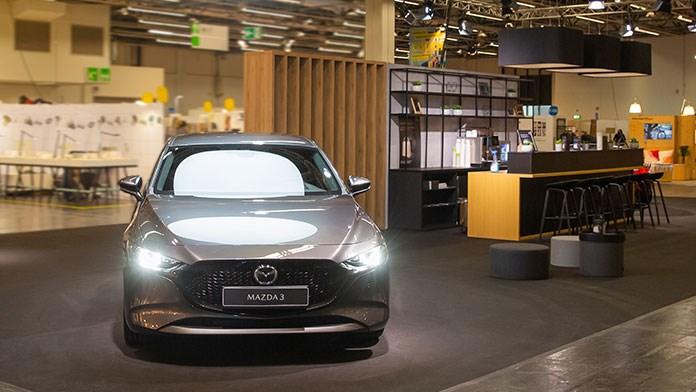 ケルン国際家具見本市で展示される新型Mazda3
