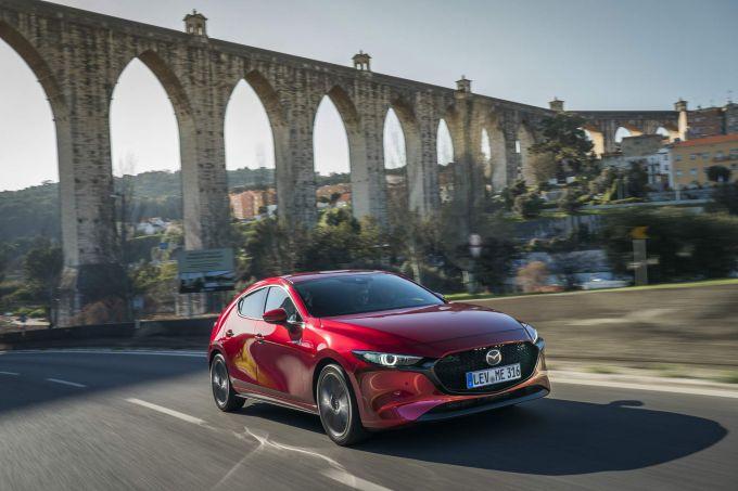 動画:マツダ新型Mazda3欧州仕様ハッチバック