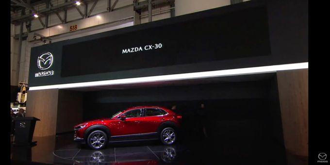 マツダ、コンパクトクロスオーバーSUV『CX-30』を発表!