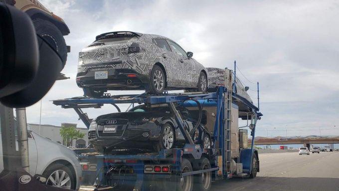 エアロ装着新型Mazda3のテスト車両は噂のハイパー版?