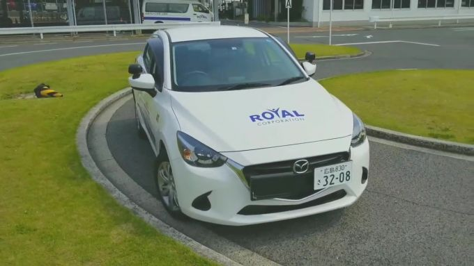 [動画]全国初導入された新型マツダ教習車はこんな感じ