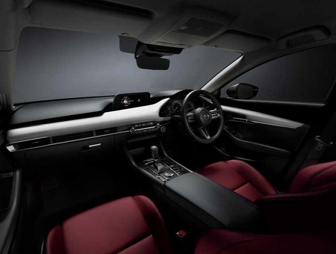 Mazda3 100周年記念仕様車を予想してみた