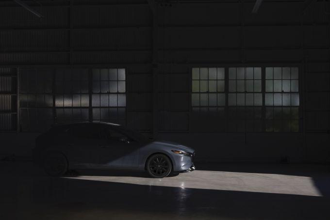加マツダも2021 Mazda3ターボを発表、100周年特別記念車も