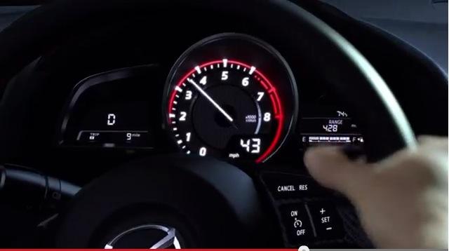 Mazda3メーター