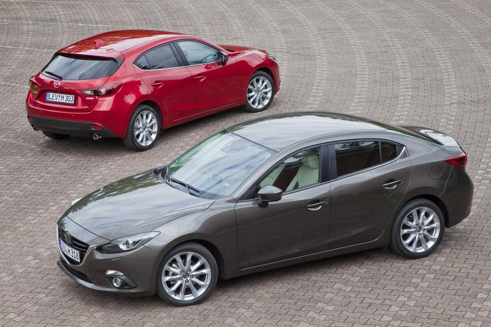 新型Mazda3 セダン&ハッチバック
