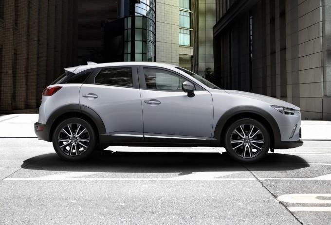 2016-Mazda-CX-3-14